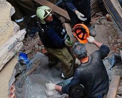Число погибших под завалами казармы в Омске возросло до 23 человек