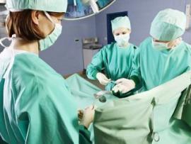 Врачи впервые в мире пересадили трехлетнему ребенку напечатанный на 3D-принтере череп